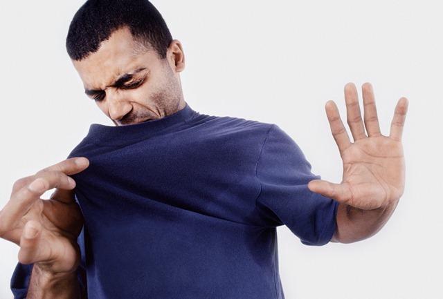 کاهش بوی بد بدن با اصلاح تغذیه